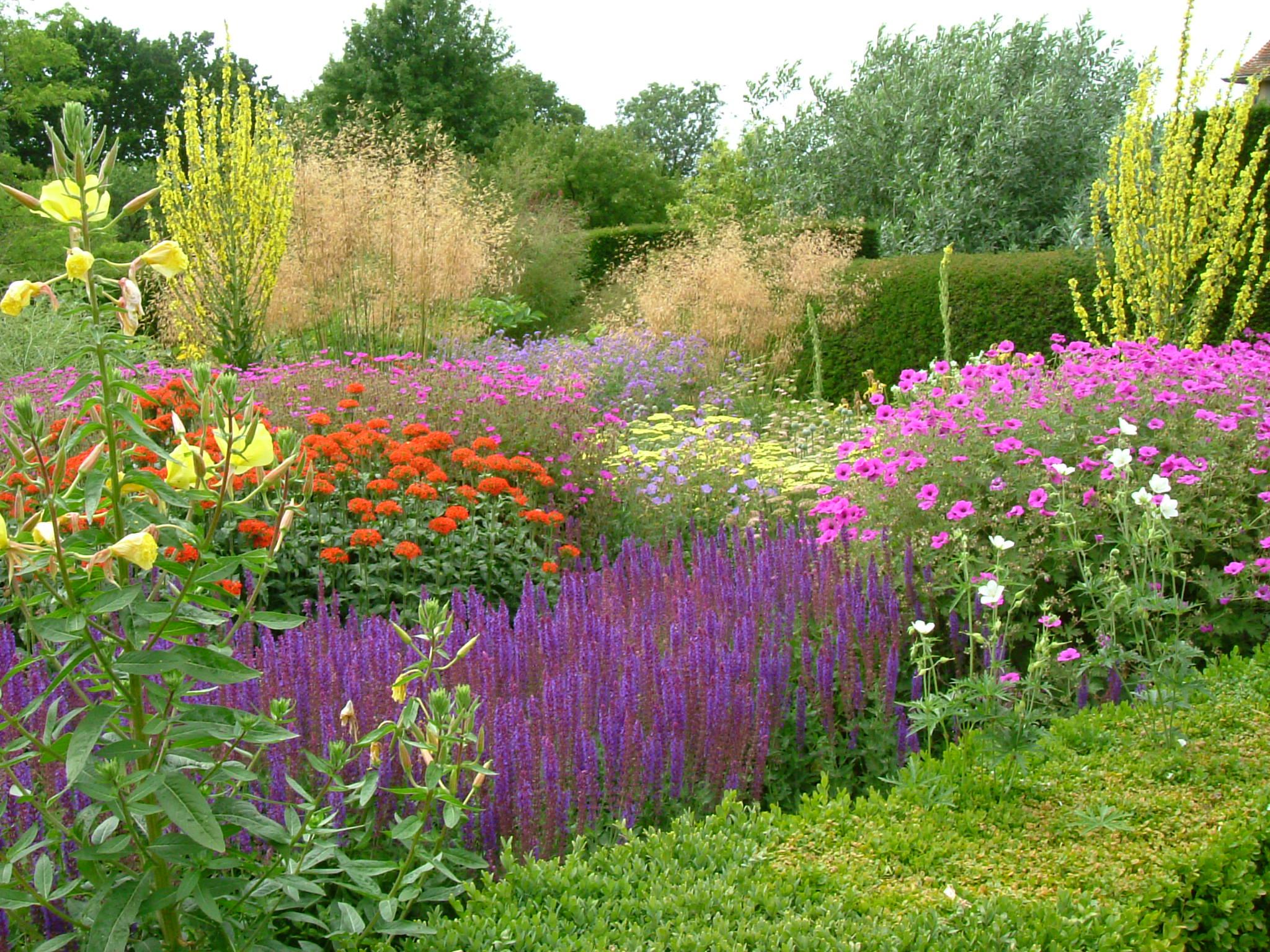 Greenleaf Garden Design - Great-Dixter-England